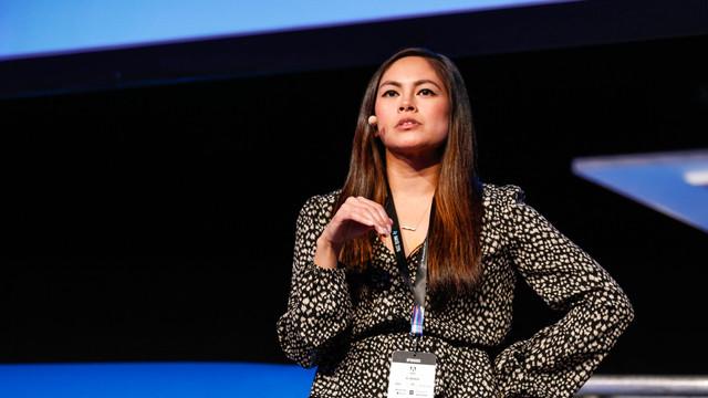 Yvonne Gando, Google Senior UX Writer on Portfolio Tips to Break into UX